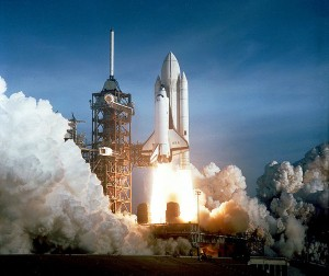 STS-1: Erststart des Space Shuttle Columbia (OV-102), 12. April 1981, Quelle: NASA